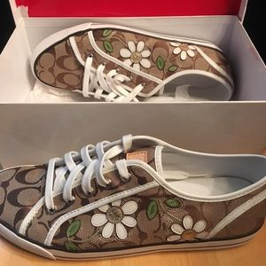 Coach Signature Daisy Flower khaki sneaker shoes